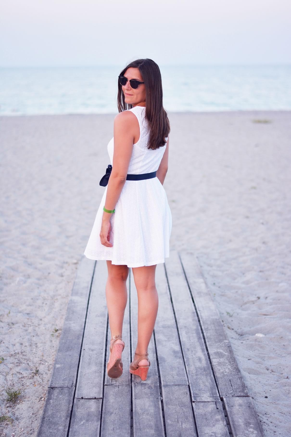 look blanc et bleu