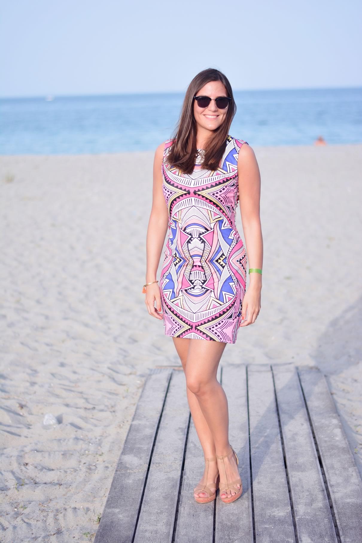 robe graphique pour la plage