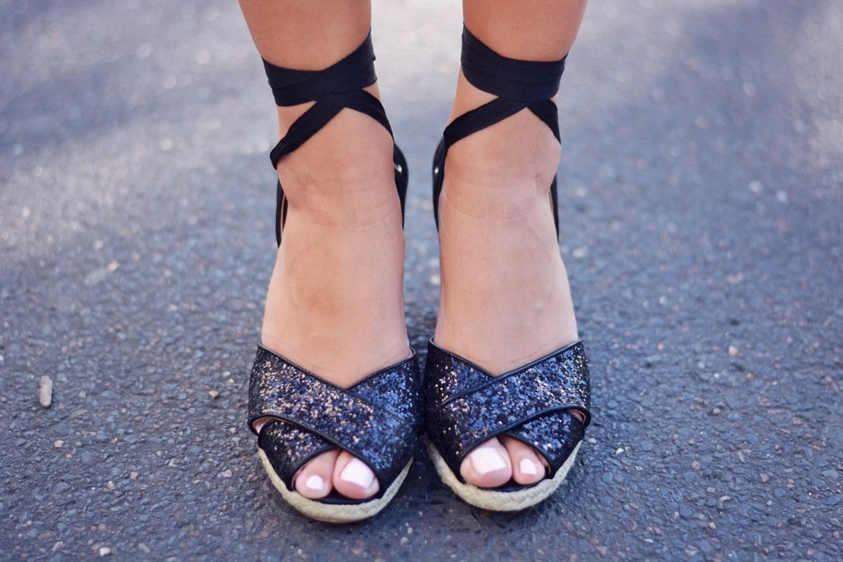 sandales compensees noires paillettes