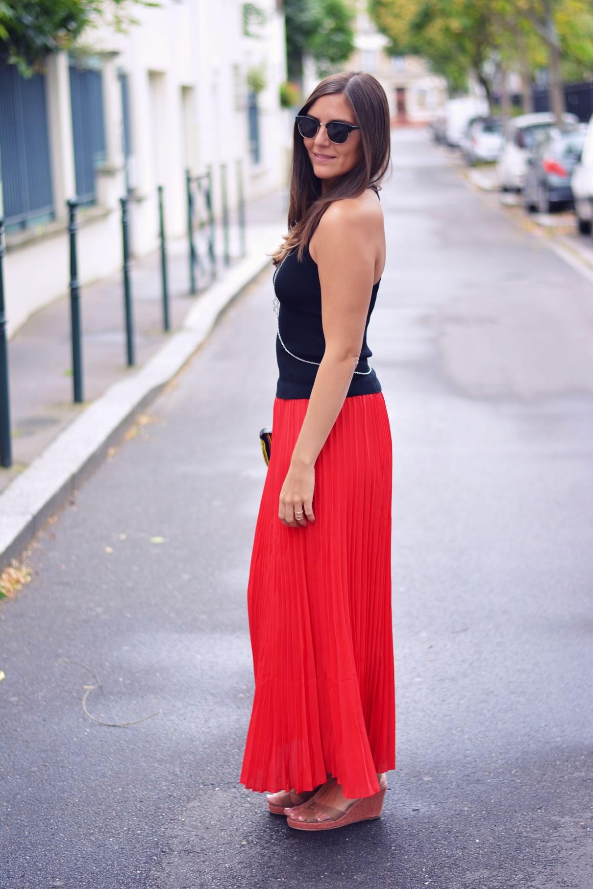 La jupe plissée rouge Les Caprices d'Iris blog life