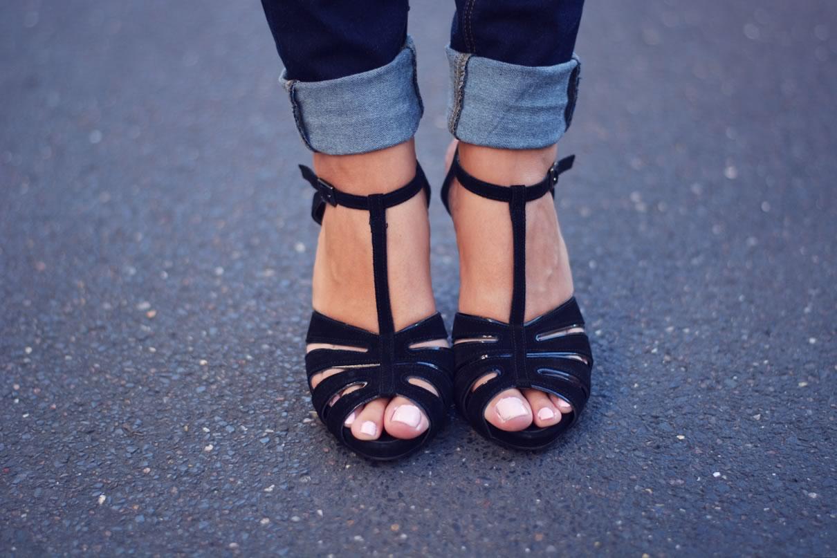 sandales noires sexy