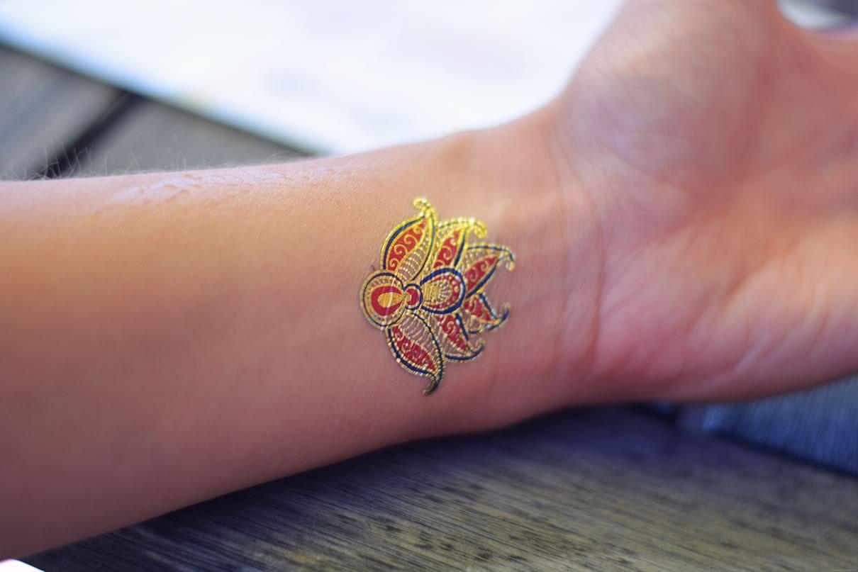 tatouages dore athenais tatouage