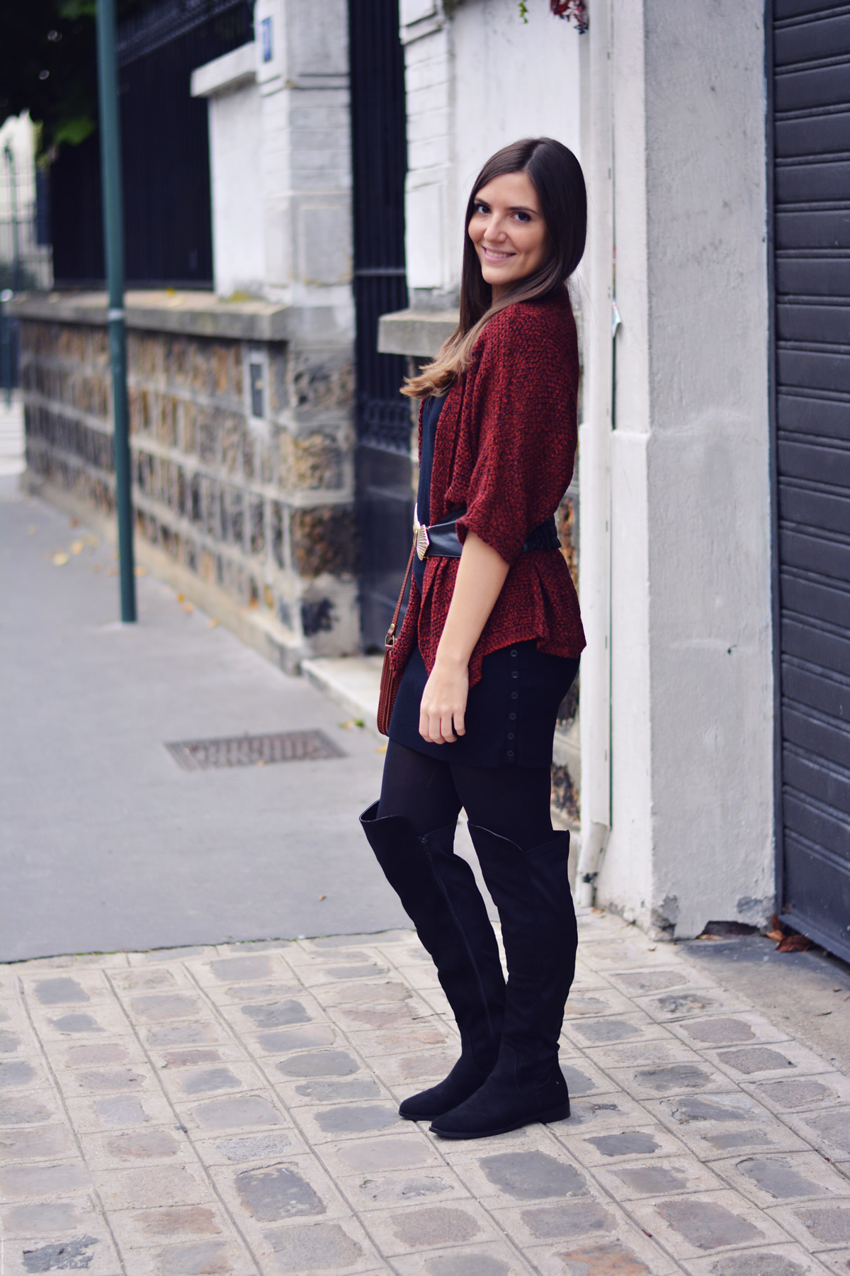 look cardigant rouge