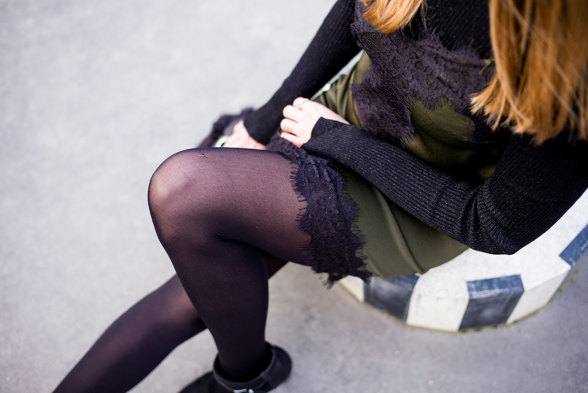 robe en soie kaki et noire