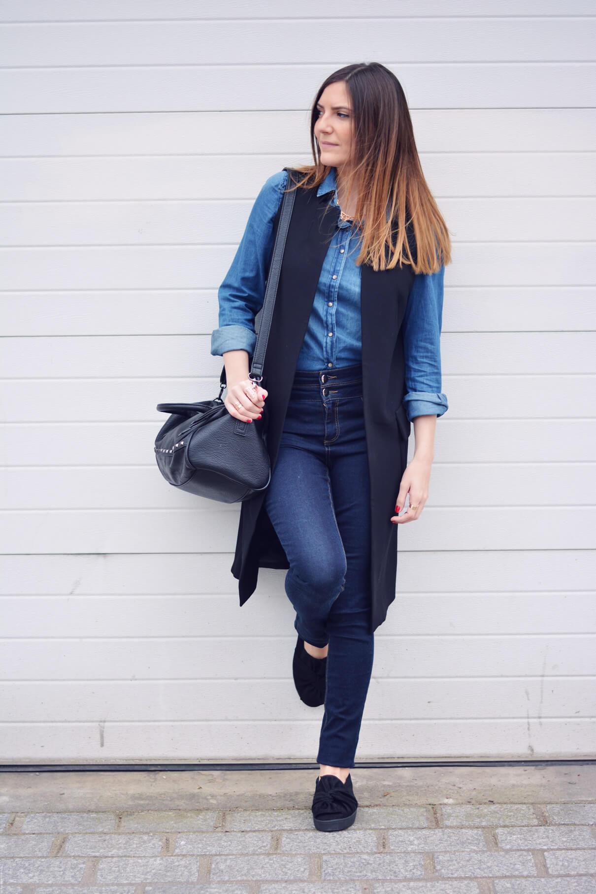 dernier total look en jean blogueuse mode paris