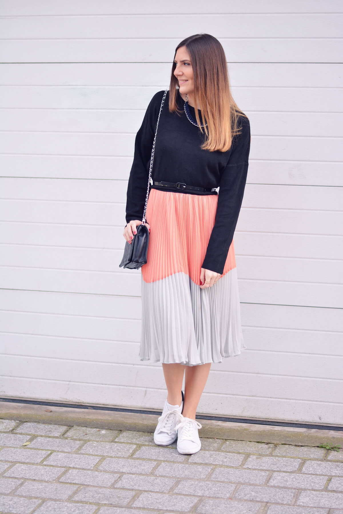 look-tendance-printemps-jupe-plissee-les-caprices-diris-blog-mode-paris