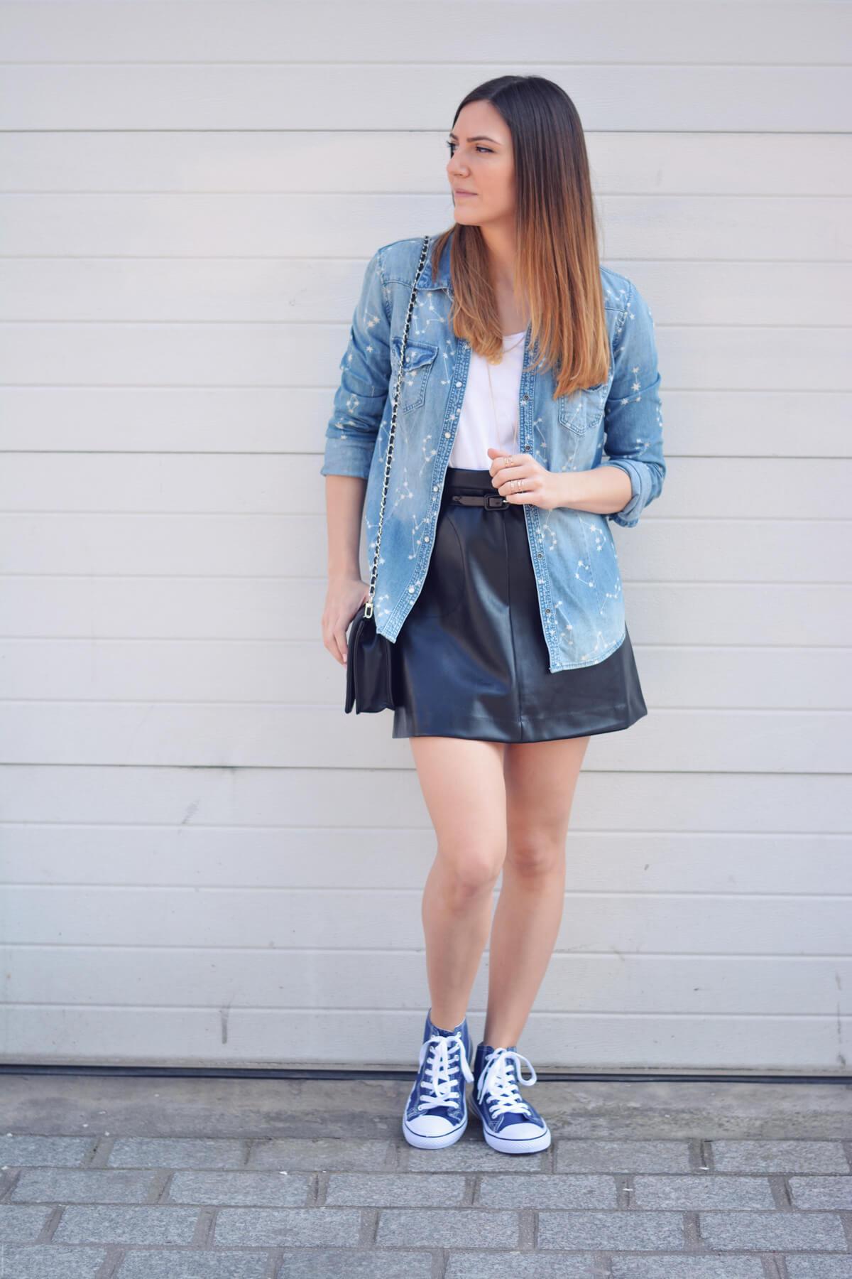 comment porter la jupe en simili blogueuse mode paris les caprices d iris