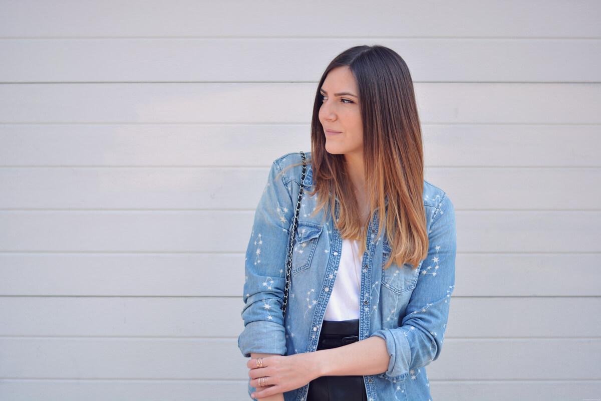 look avec veste en jean blogueuse mode les caprices d iris