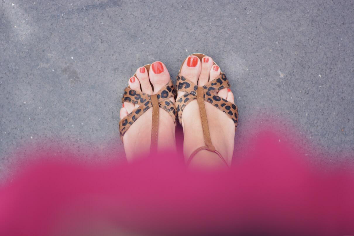 sandales leopard tendances