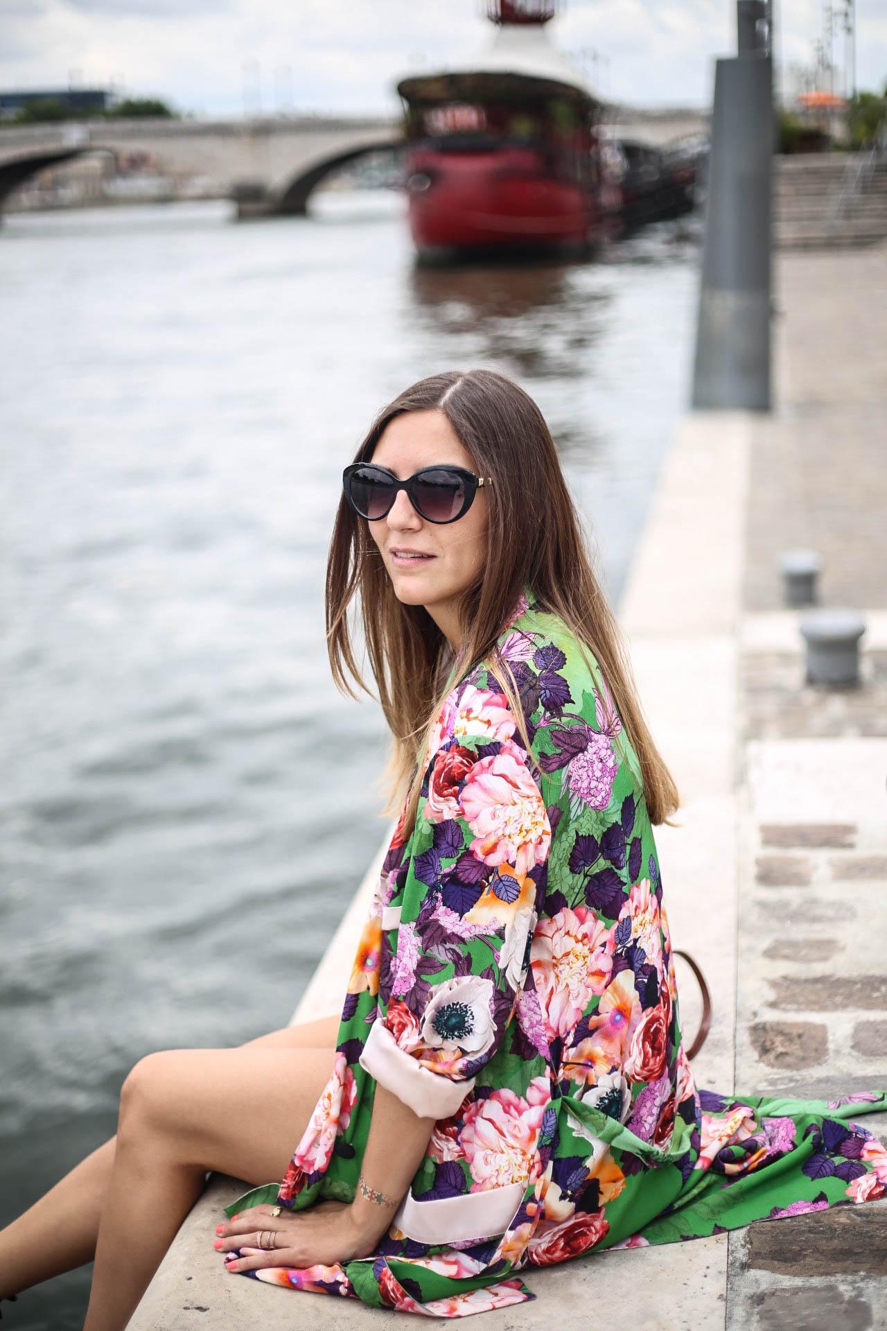 look printemps kimono fleuris vert