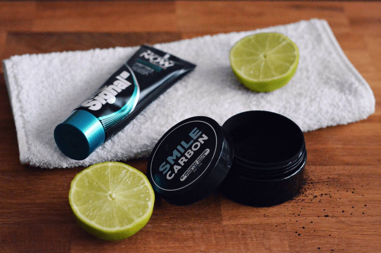 5 astuces pour blanchir les dents les caprices d 39 iris blog mode beaut lifestyle paris. Black Bedroom Furniture Sets. Home Design Ideas