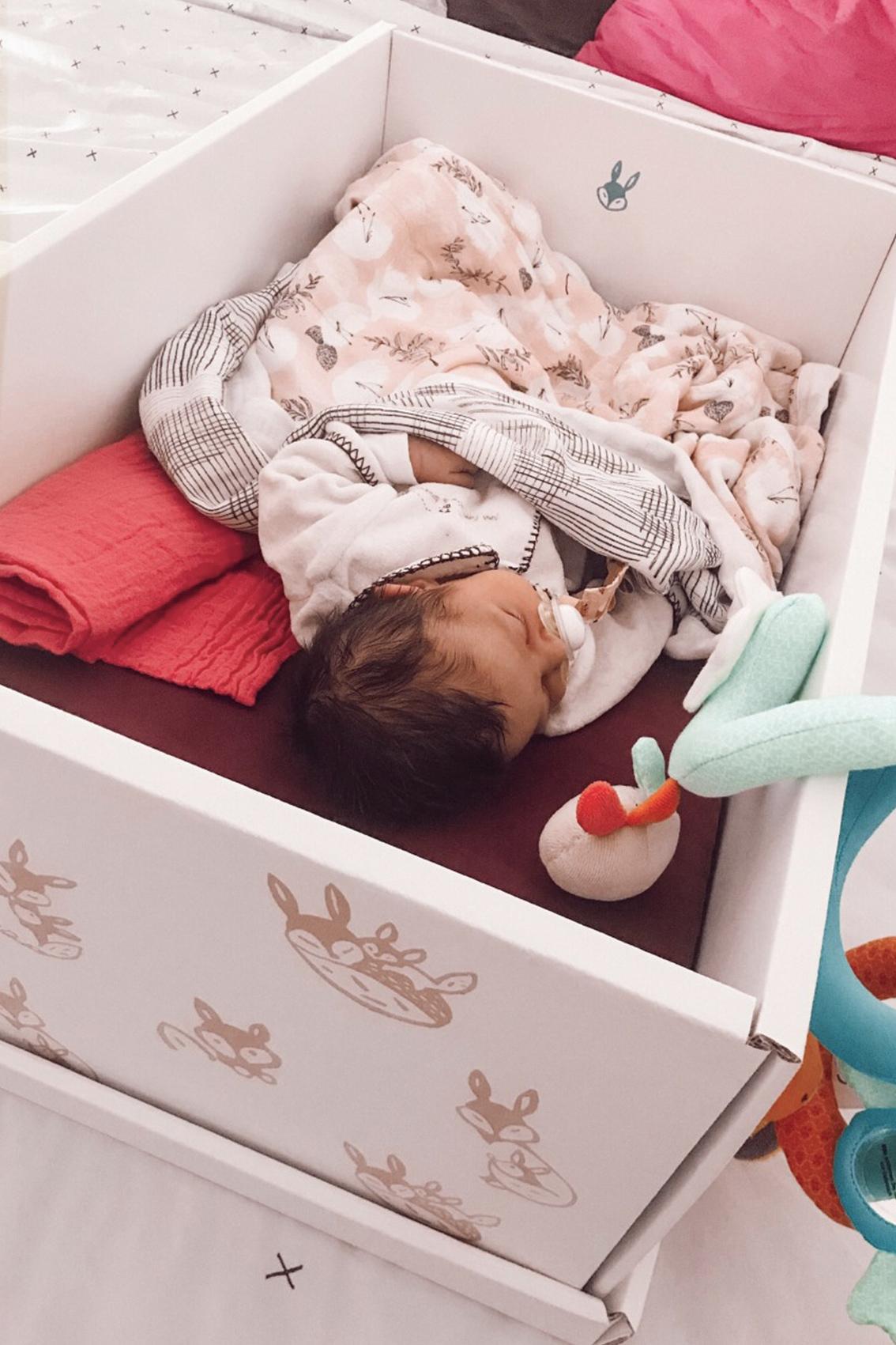 baby-box-french-poupon